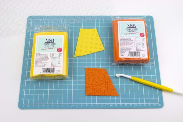 Product Review: M&B Luxury Sugarpaste