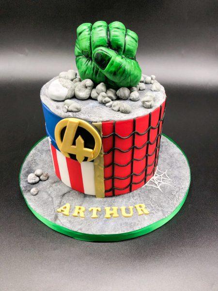 Lynsey Shankland - Avengers Cake