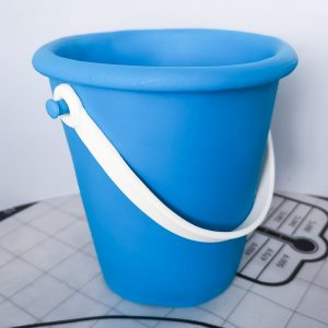 Mould this Bucket