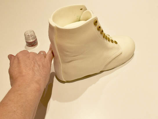 Finish with attaching the heel panel.