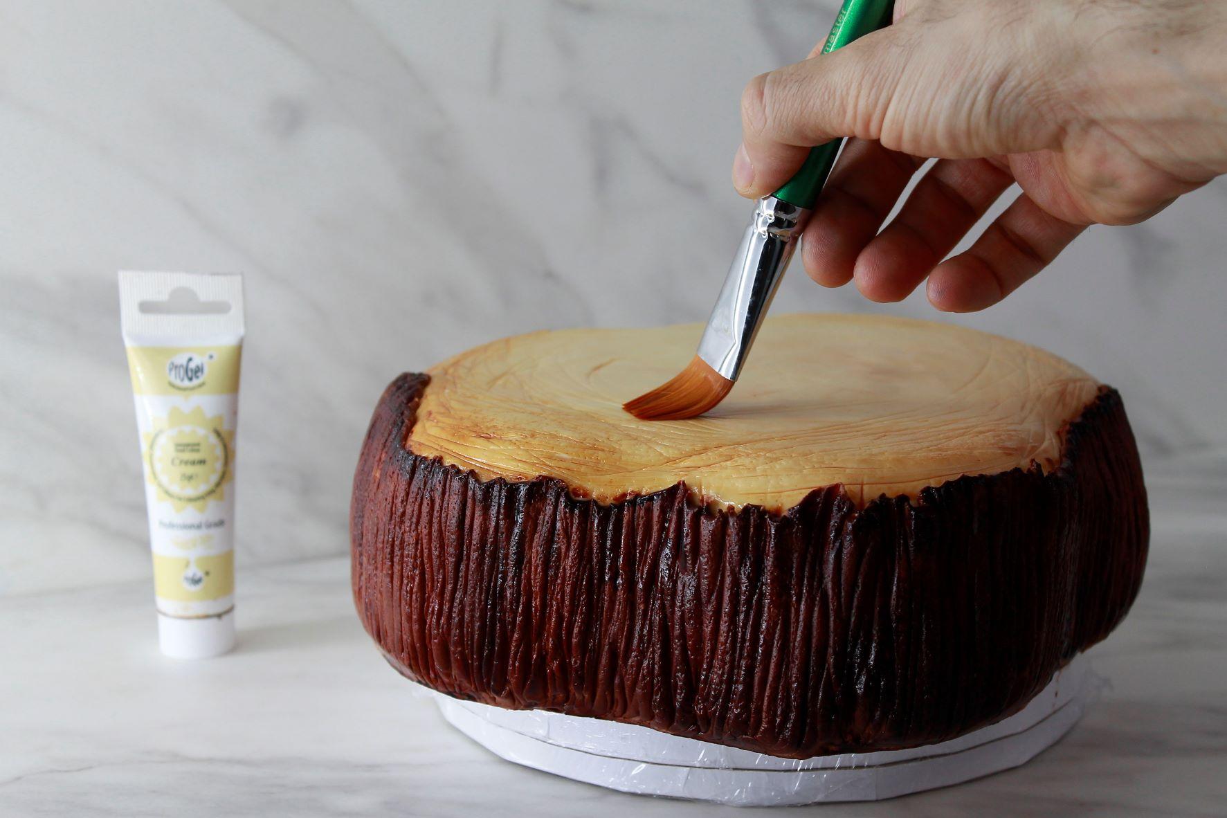 Create a textured wood design