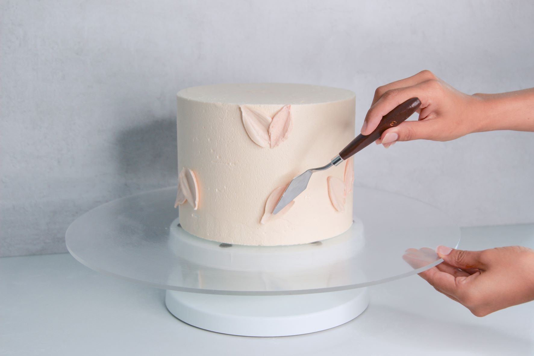 Use a palette knife for buttercream petals